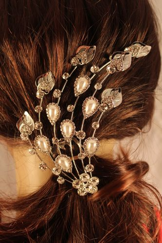 Romantic Leaf Radiance with Faux Pearl and Rhinestone Flower Hair Comb Stick
