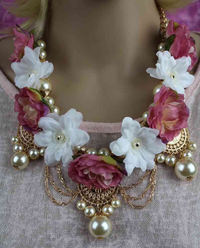 Feminine And Lavish Gold And Faux Pearl Silk Flower Necklace Set