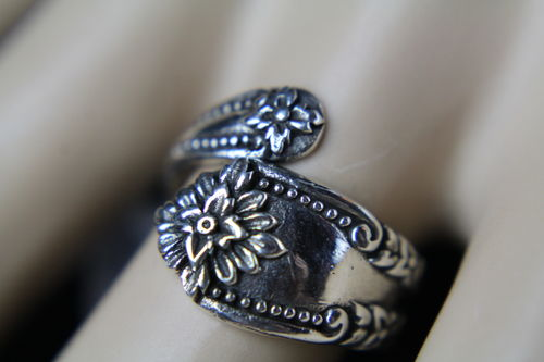 .925 Sterling Silver Victorian Spoon Ring With Flower Floral Design