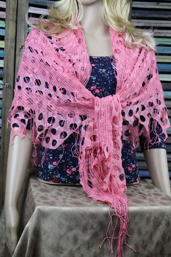 Ornate Pretty in Pink Knit Net Fringe Lace Shawl Scarf