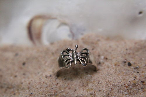 Beautifully Detailed Butterfly or Dragonfly Sterling Silver Toe Ring (Ass't)