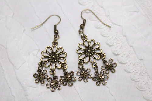 "Delightful Daisies Brass Chandelier Flower Dangle Earrings 1.5"" Long (Handmade)"