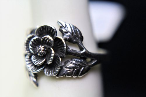Sterling Silver Rose Ring and Leaves Highly Detailed 3D Victorian Style