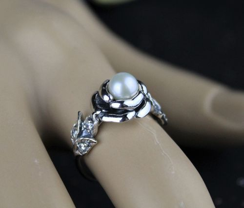 Sterling Silver Romantic Pearl Rose Ring with Cubic Zirconia Adorned Leaves