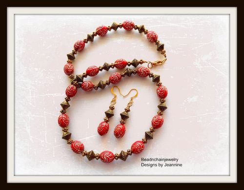 Upcycled Vintage Textured Red and Gold Necklace and Earrings Set (Handmade)