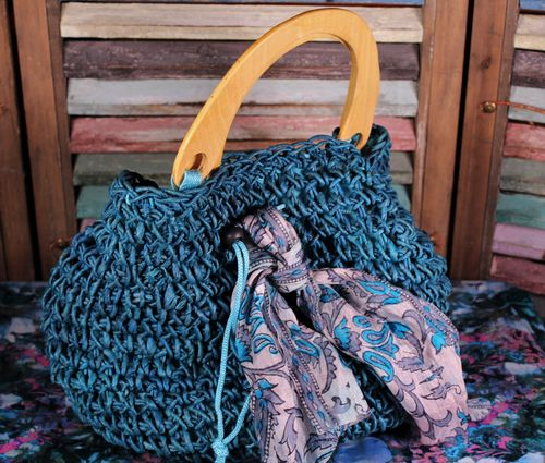 Teal Woven Straw Artisan Handbag with Wooden Handles and Silk Scarf (Handmade)