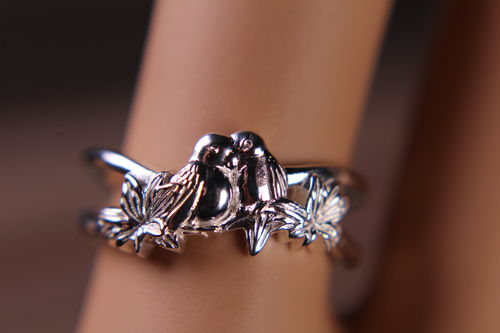 Sterling Silver Lovebirds Ring Nuzzling on Branch with Leaves