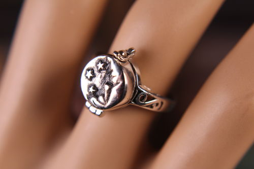 Sterling Silver Poison Ring Moon and Stars Pillbox Capsule