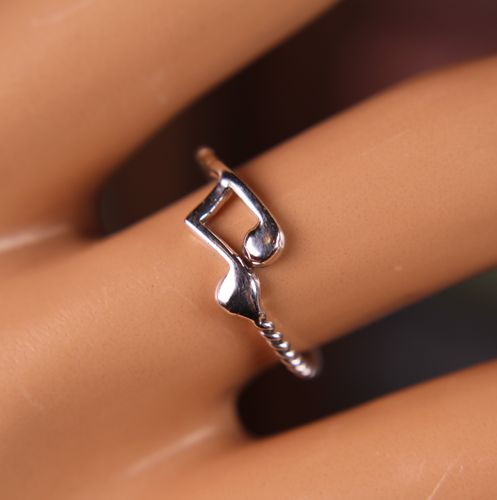 Sterling Silver Musical Ring Eighth Notes on Spiral Band Minimalist Style