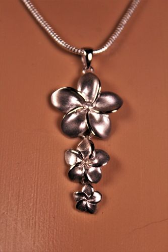 .925 Sterling Silver Flowers Pendant with Matte Finish