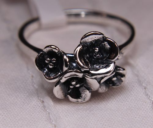 .925 Sterling Silver Flower Ring Bouquet of Four 3D Flowers
