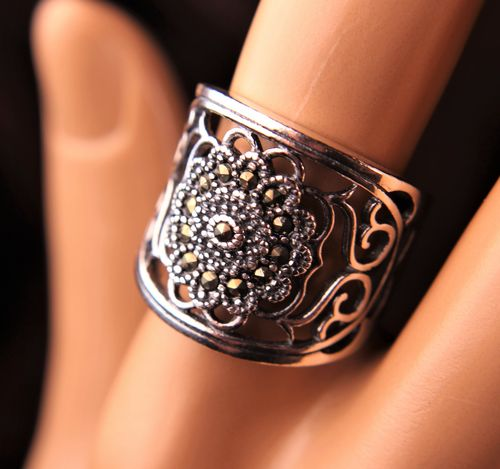 925 Sterling Silver and Marcasite Ring Chunky Flower and Filigree